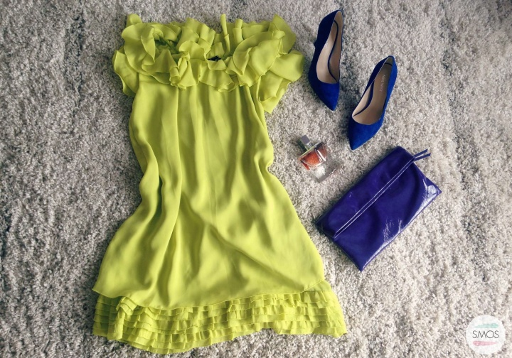 yellow blue outifit