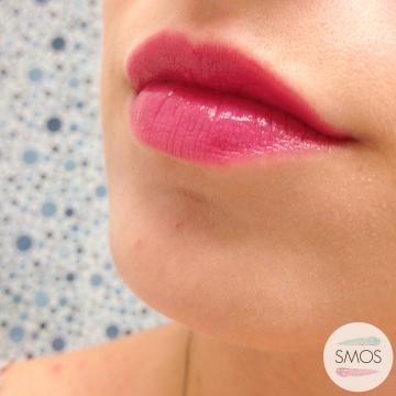 bell cosmetics pink lipstick