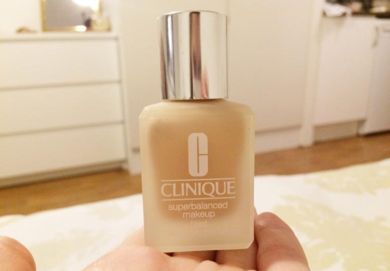 Clinique Superbalanced Makeup teint Foundation review