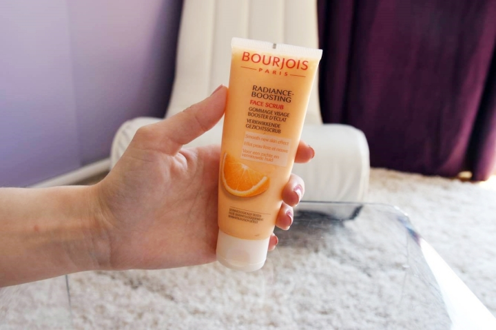 pre-summer morning skincare routine square mile of style bourjois radiance boosting face scrub